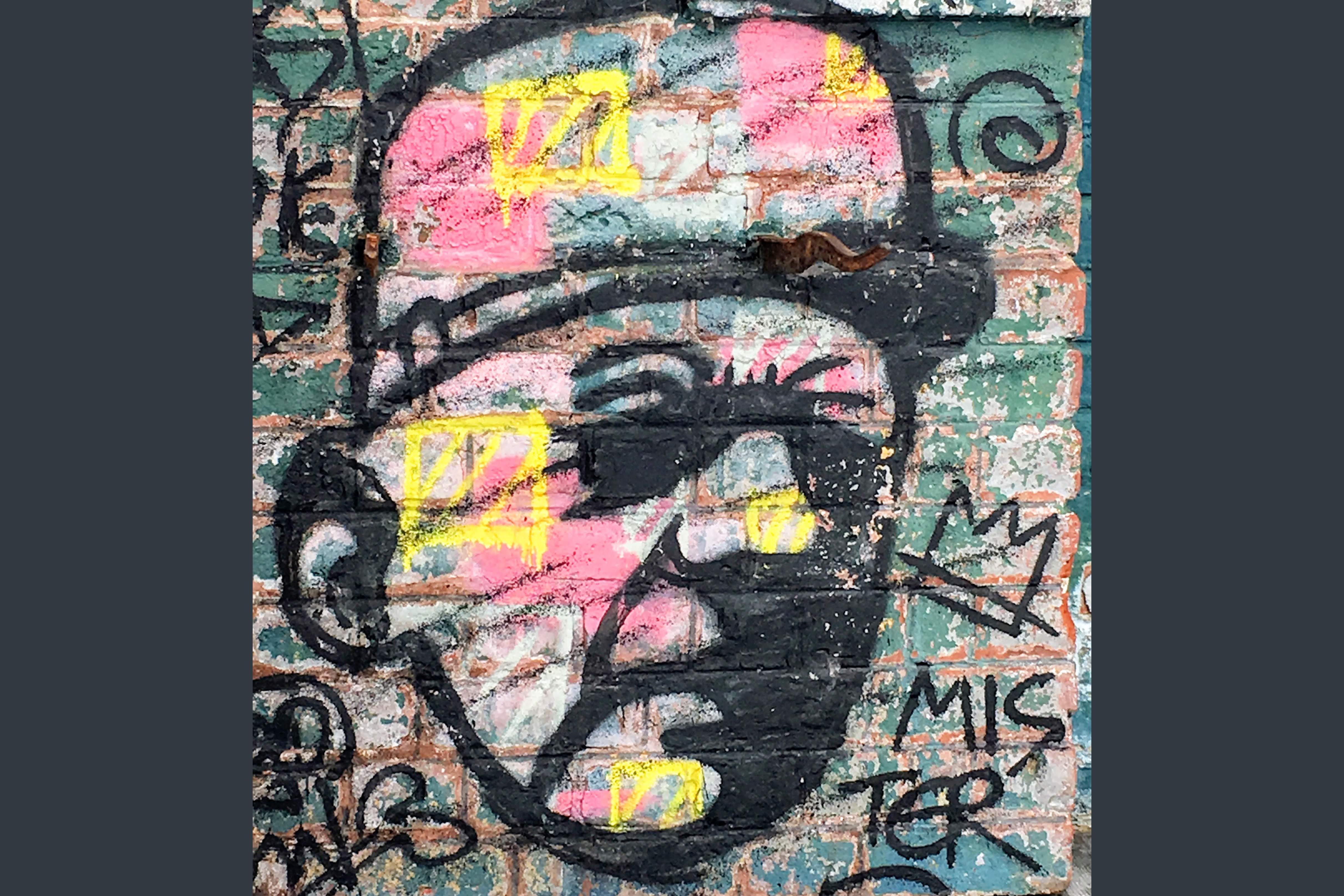 graffitti du général de gaulles